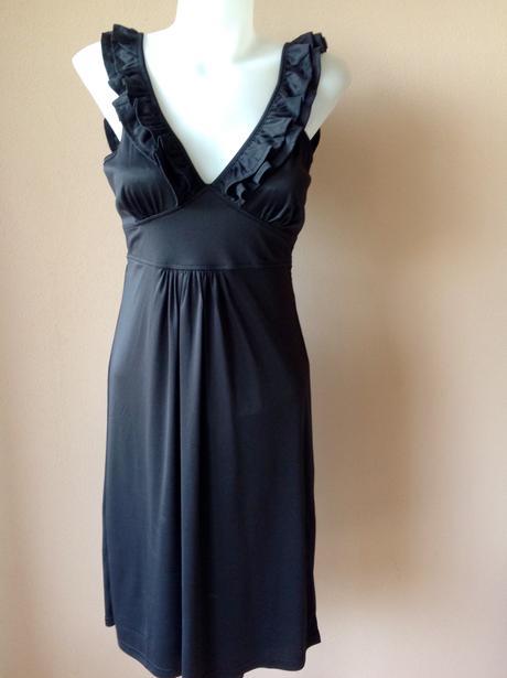 Pružné šaty, 38