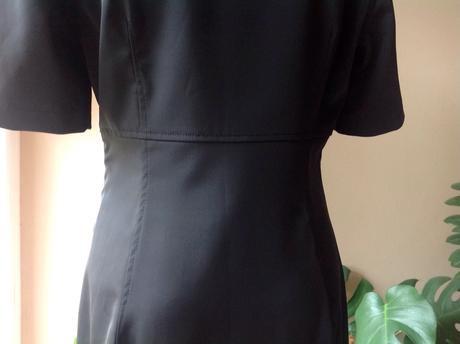 Pružné šaty, 40