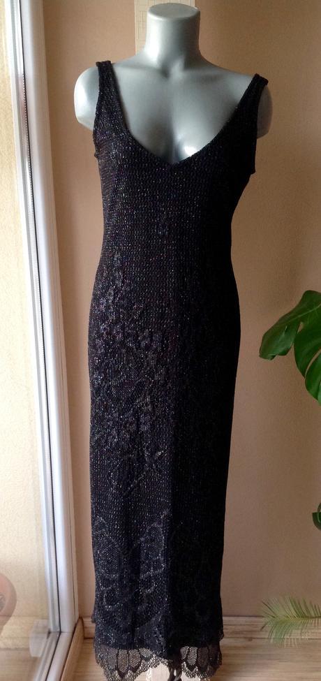 Trblietkavé pružné šaty, 40