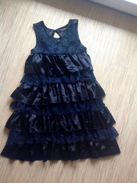 Volánové šaty Atmosphere, 36