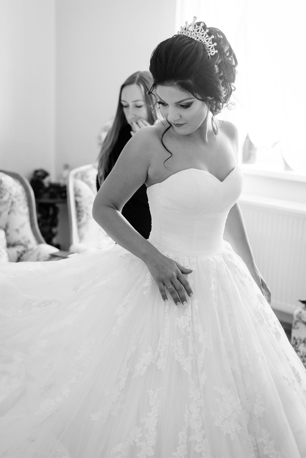 db6a82a03f83 Luxusné svadobné šaty