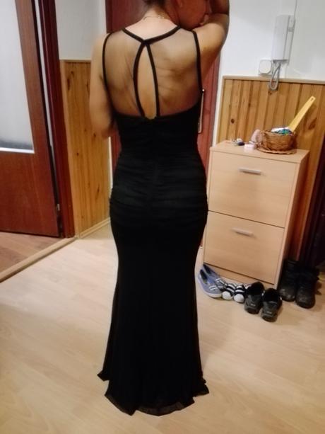 Čierne elegantné šaty, 36