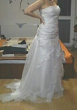 Svadobné šatky, 36