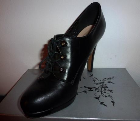 Čierne kotníkové čižmy, 40