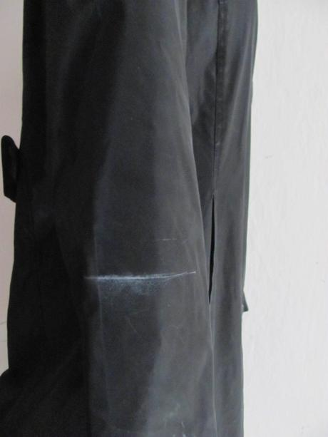 dámský černý pogumovaný jarní kabátek i do deště, 38