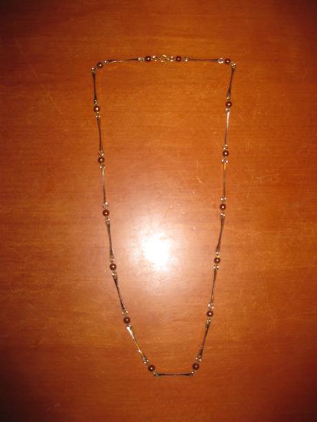 náhrdelník - řetízek na krk - bižuterie s korálky,