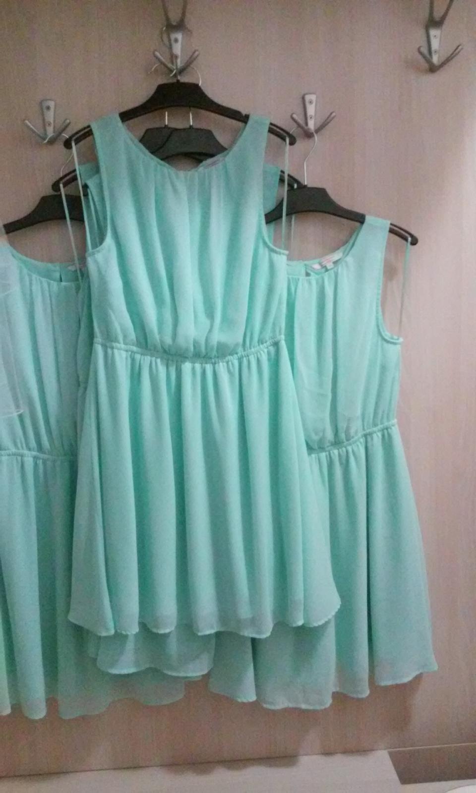 0708fcab7ae Šaty pro dospělé drůžičky - různé velikosti