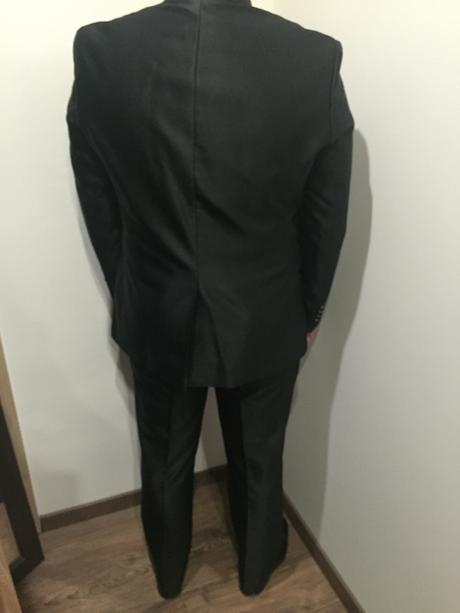 Taliansky svadobný oblek, 52