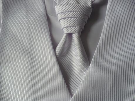 Pánska vesta s francúzskou kravatou, 46