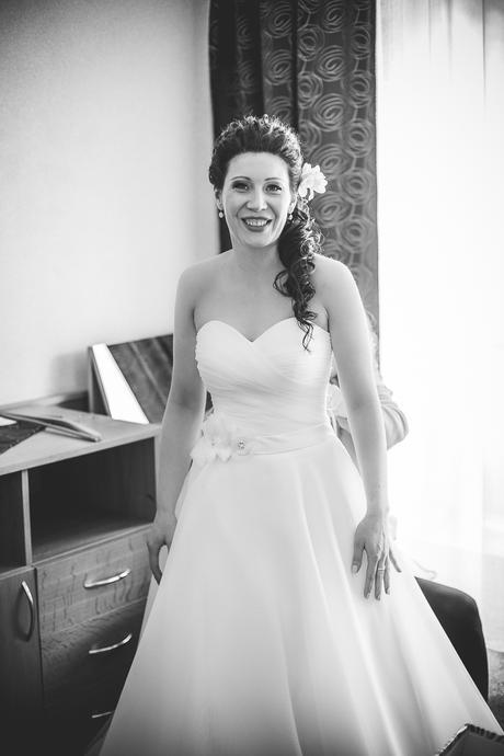 Svadobné šaty + topánočky grátis, 38
