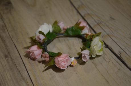 Květinový náramek ,
