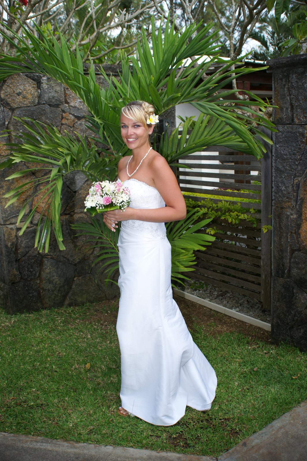 Svatební šaty zn. maggie sottero vel. 38-42 afd50342d3