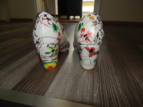 Kvetované biele svadobné topánočky, 36