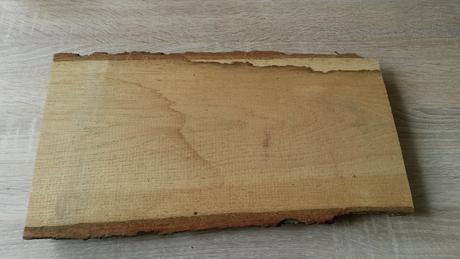 Dřevěná deska pod písmena,