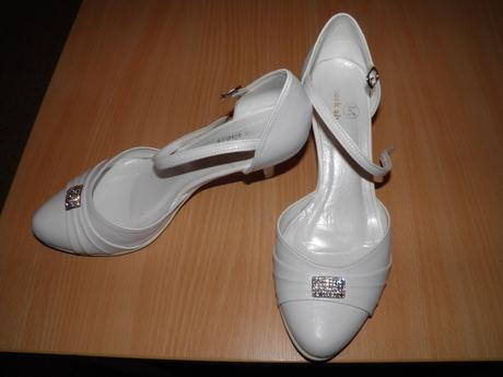bílé svatební boty , 37