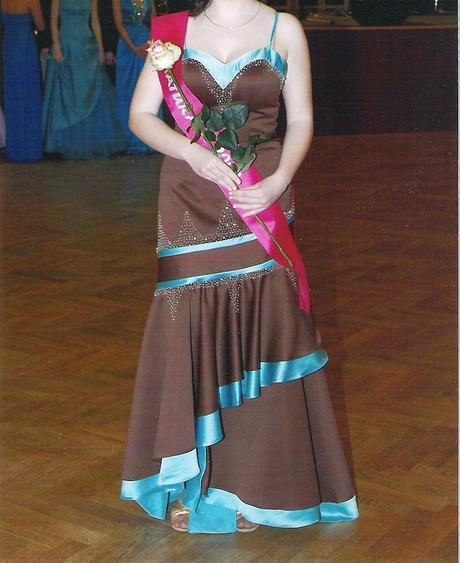 Plesové šaty ve. 38-40, 38