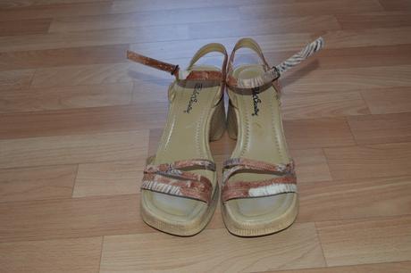 Sandály hnědobílé vel.40, 40