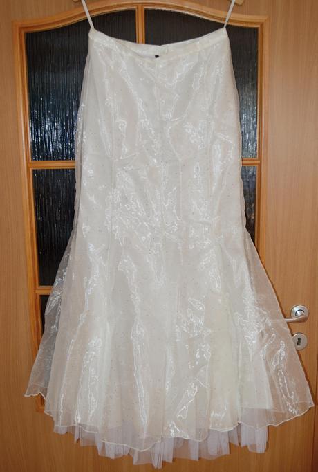 Šaty na svatbu,maturitní ples či do tanečních, 40
