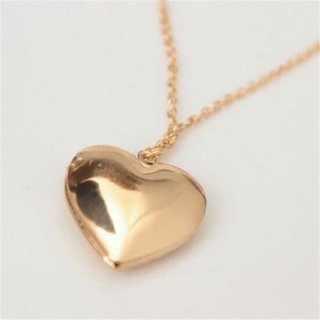 Náhrdelník - otváracie srdce,
