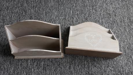 dřevěný stojan 2x,