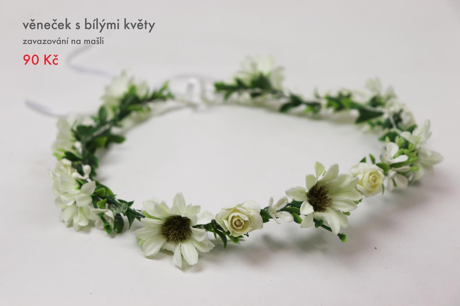 0bd5df01229 Věneček do vlasů s bílými květy - rezervace