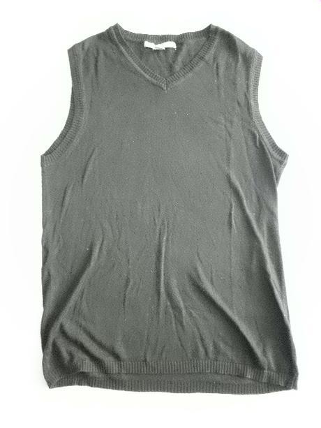 černá pánská pletená vesta vel. M, 46