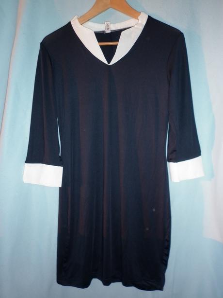 modrobílé elegantní šaty, 38