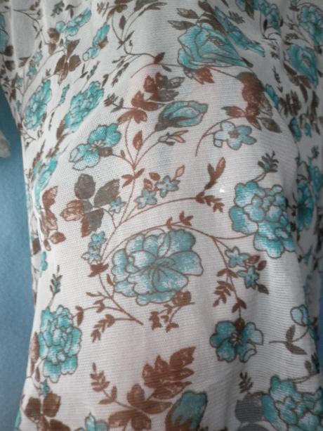 romantická květovaná průhledná halenka, 36