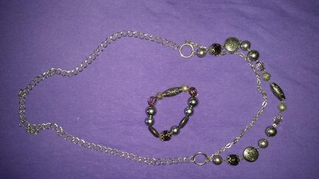 náhrdelník + náramok,