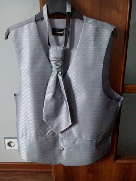 svadobná vesta, kravata, vreckovka, 50