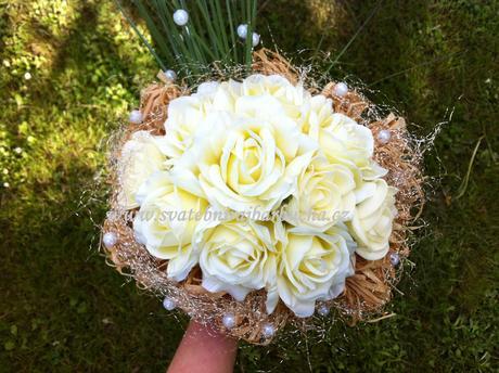 Svatební kytice -umělé květy,