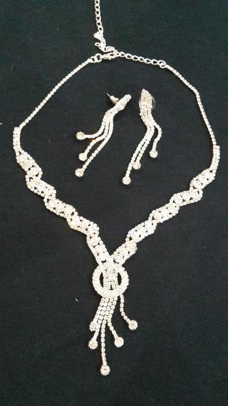 Trblietavá sada- náhrdelník+naušnice,