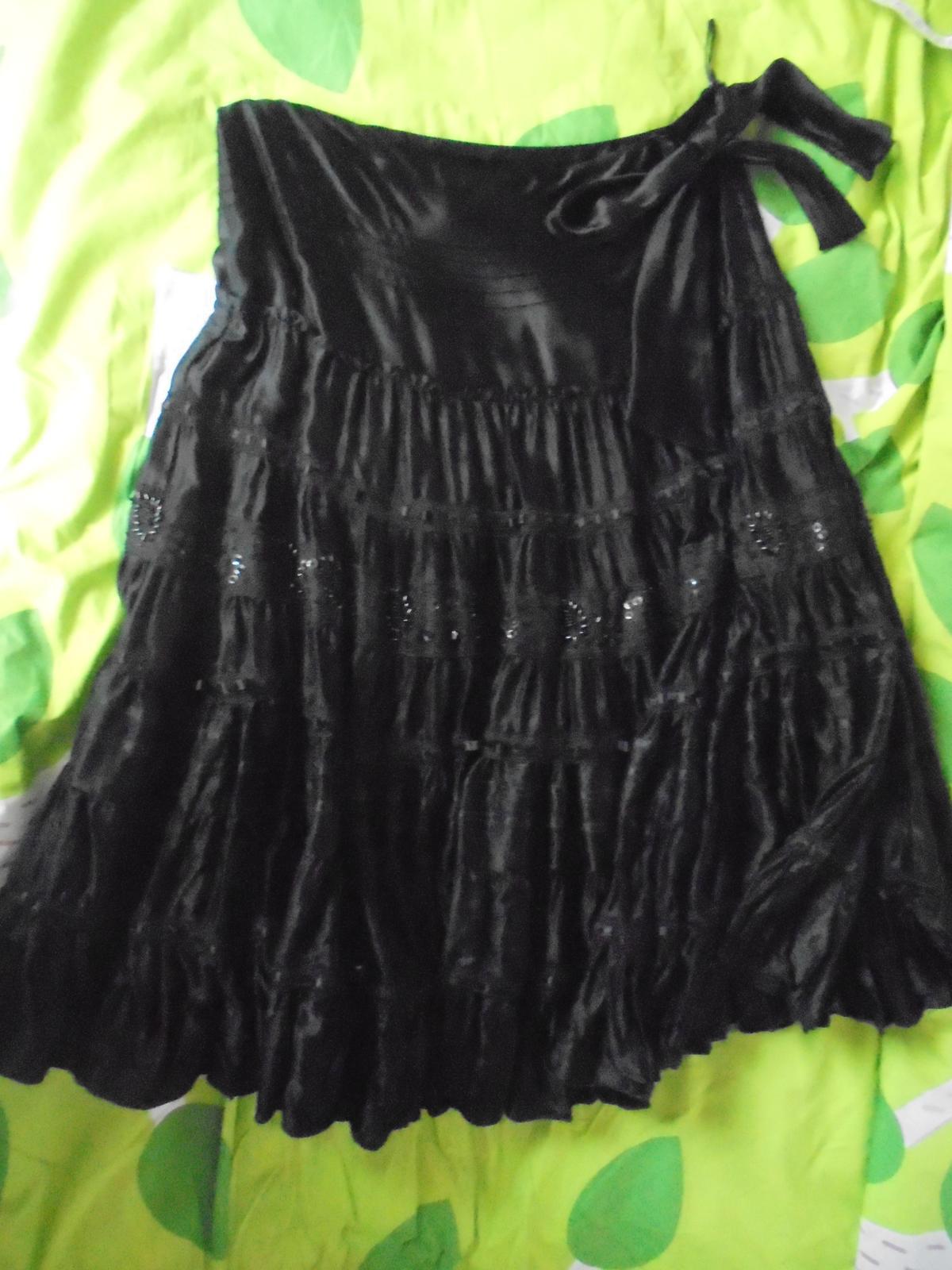 c058f253ea9e Spoločenská suknička