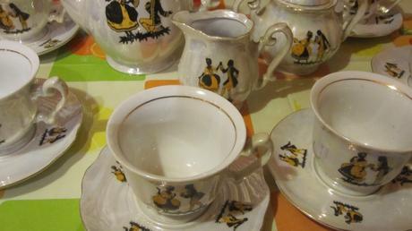 Porcelánová kávová súprava,