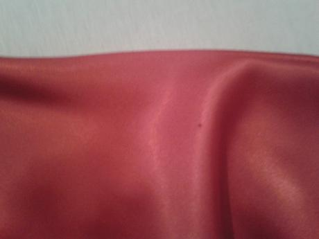 Dlhé červené šaty, 34