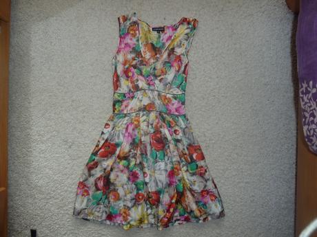 Kvetinkové šaty Warehouse - XS , 34
