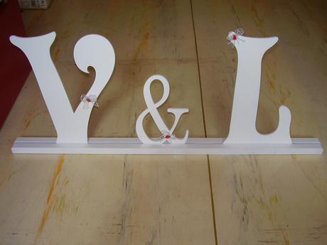 Písmena V & L,
