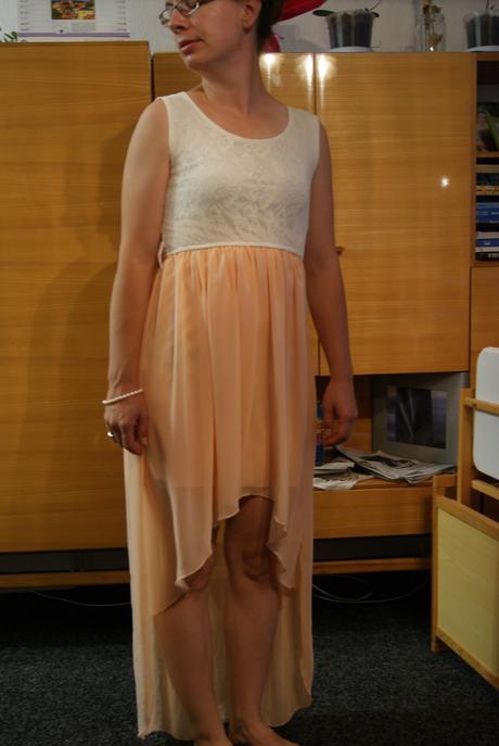 Společenské šaty San Verita, 38