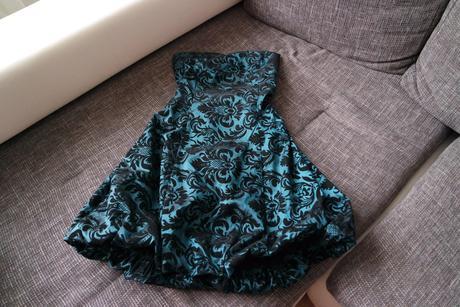 Spoločenské šatky s nadýchanou sukňou - uni číslo, 38