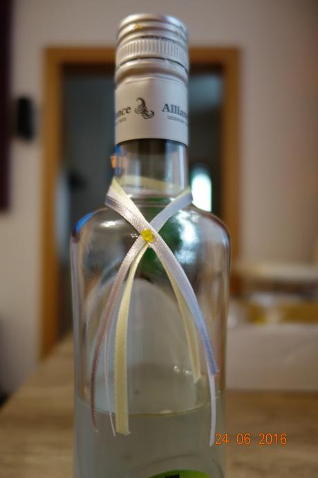 stužky na flaše,
