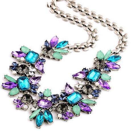 8c8dd9248 Farebný náhrdelník, - 6 € | Svadobný bazár | Mojasvadba.sk