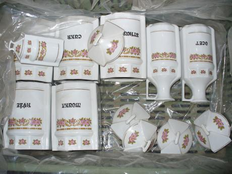 Karlovarska keramika -dozy,