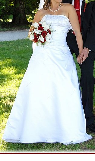 Svatební šaty bílé vel. 34-40, 38