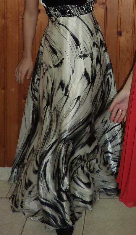 Spoločenké šaty, 34