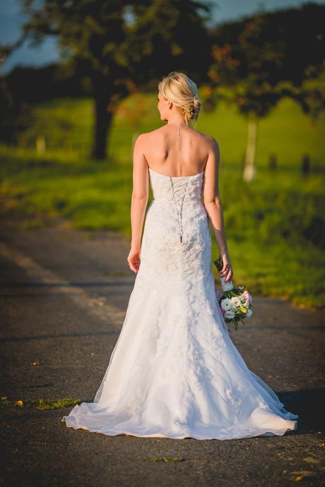 Korzetové svatební šaty - dovoz z USA, vel. 4, 36