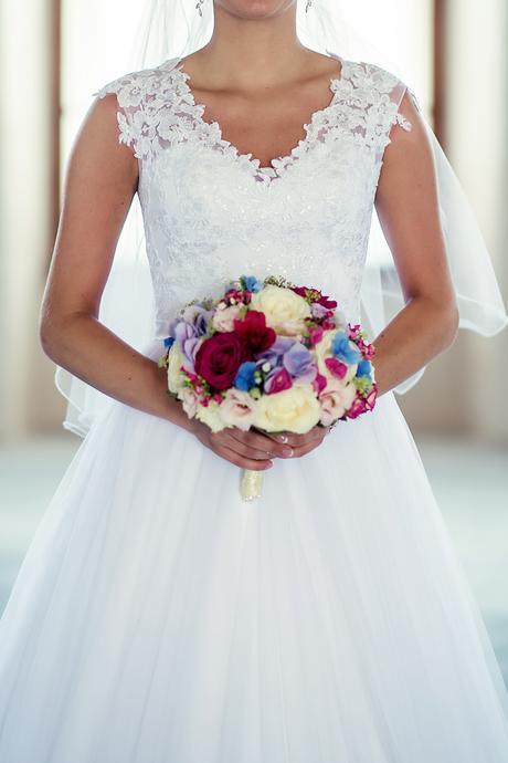 Prekrásne svadobné šaty, 36