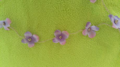 Kvetinová girlanda,