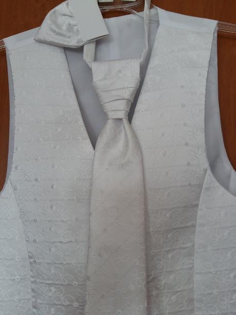 Komplet vesta + kravata + vreckovka do kapsy, 46