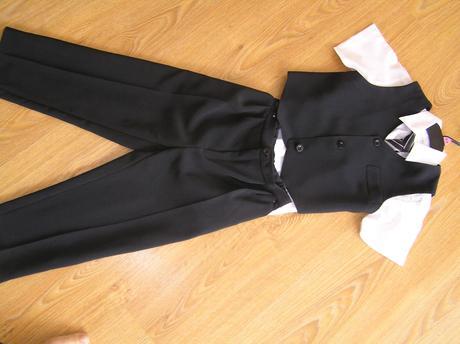 oblek vest + kalhoty, 110