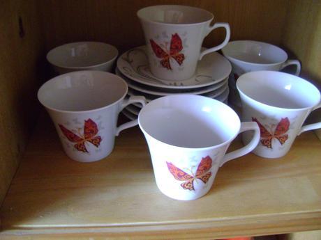motýlikové šialky na kávu,